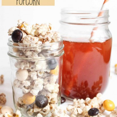 PUMPKIN CINNAMON CREAM CHEESE POPCORN | 5 MINUTE APPLE CIDER