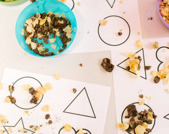 TODDLER SHAPES ACTIVITY!