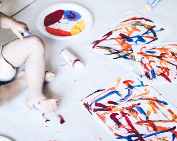 PAINTING WITH LITTLES & THE QUICKEST CLEAN UP.