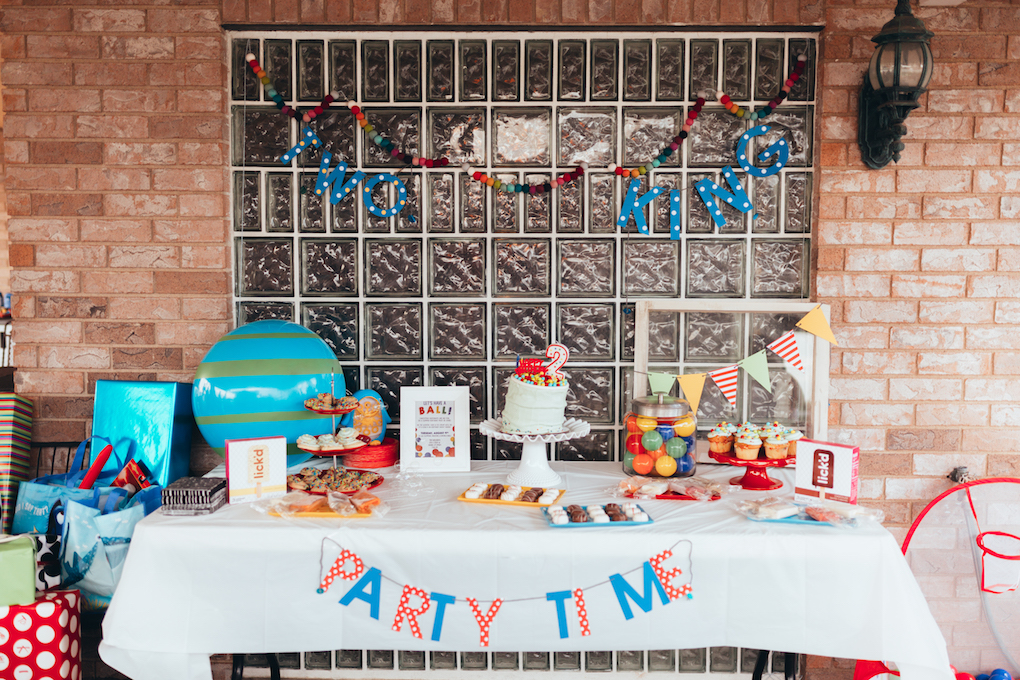 KINGS HAPPY UN-BIRTHDAY - KIDS BALL PARTY by Utah blogger Dani Marie - toddler-ball-party - Ball Kids Birthday Party with Hello Maypole Felt Balls, Sweet Tooth Fairy Treats, Lick'd Pops, and Charlee Dreams Banners