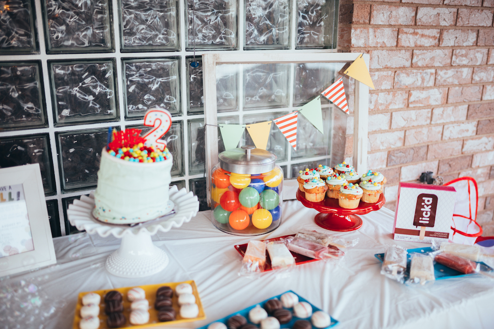 KINGS HAPPY UN-BIRTHDAY - KIDS BALL PARTY by Utah blogger Dani Marie - Ball Kids Birthday Party with Hello Maypole Felt Balls, Sweet Tooth Fairy Treats, Lick'd Pops, and Charlee Dreams Banners
