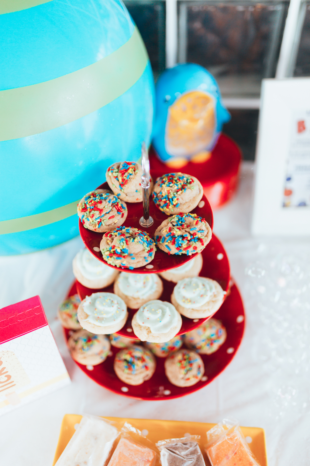 KINGS HAPPY UN-BIRTHDAY - KIDS BALL PARTY by Utah blogger Dani Marie - Red Yellow Green Blue Chocolate Chip Cookies and Sugar Cookies