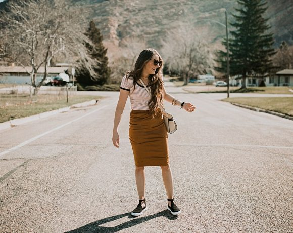 3 Easy Tips to Dressing Down Pencil Skirts