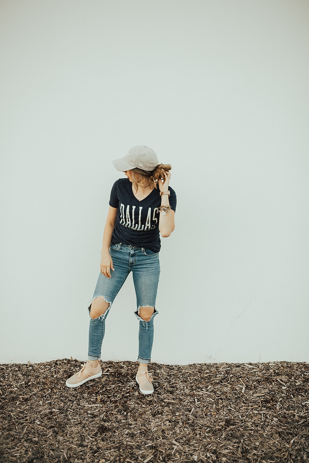 3 Pairs of Must Have Fall Jeans by Utah fashion blogger Dani Marie