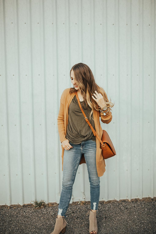 5 Ways To Wear Fall Cardigans by Utah fashion blogger Dani Marie