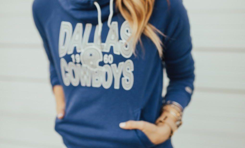 pretty nice cc6a2 4f514 Dallas Cowboys Sweater For Fall   Football Fashion   Dani Marie