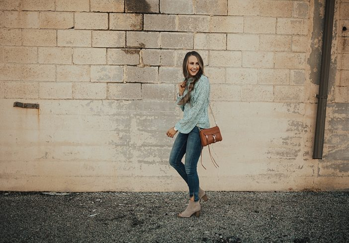 5 Trendy Thanksgiving Outfits