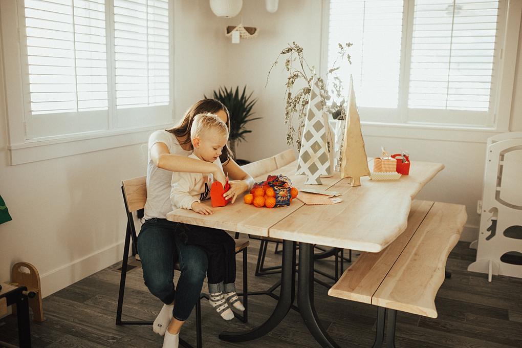 Giving Sunshine to Neighbors and Friends with Cuties Fruit by Utah lifestyle blogger Dani Marie