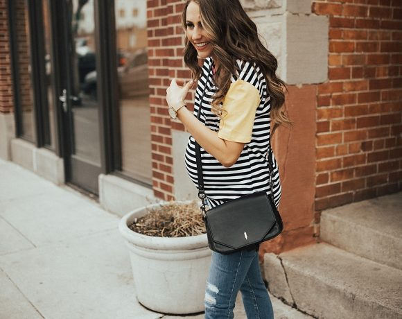 Bookmark this pos ASAP! See how Utah Style blogger Dani Marie is styling statement basic tees in time for Spring.