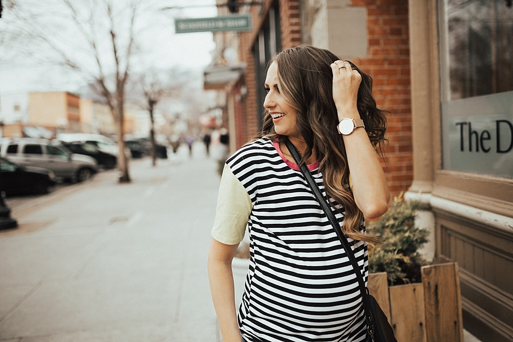 Love to rock basic tees daily? See how Utah Style blogger Dani Marie shares her tips on how to style a statement basic tee for Spring.