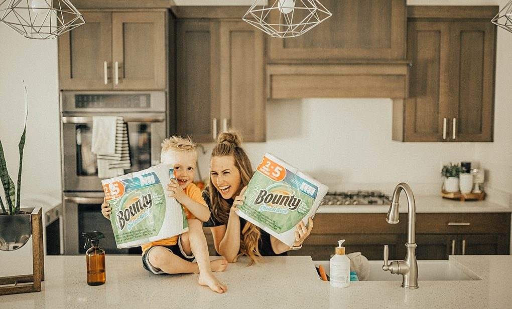 Save this post NOW for 5 tips to Spring Cleaning with Your Littles!