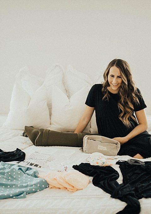 SAVE this post right now! See exactly what Utah Style Blogger Dani Marie is packing in her hospital bag with this pregnancy!