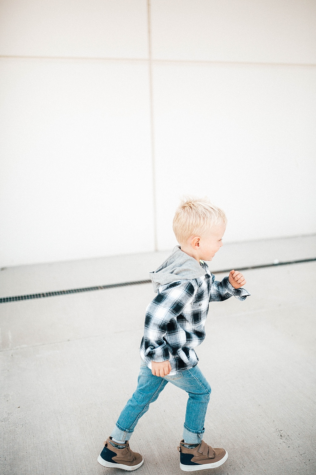 Are you kids headed back to school this year? Utah Style Blogger Dani Marie is sharing her top kids clothing finds for back to school this year!
