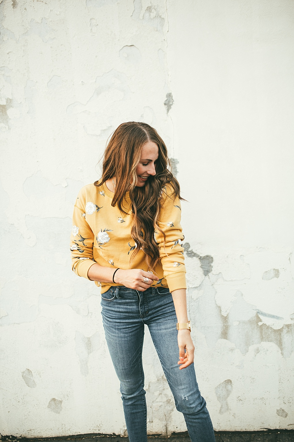 Bookmark this post ASAP! Utah Style Blogger Dani Marie is sharing her top 13 mom friendly fall outfits that will keep you stylish all season long!