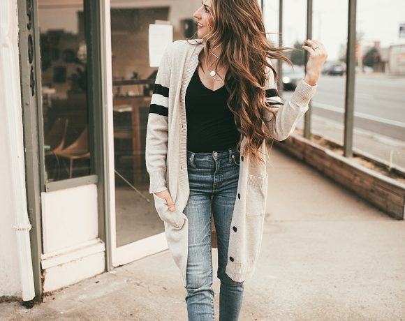 13 Mom Friendly Fall Outfits