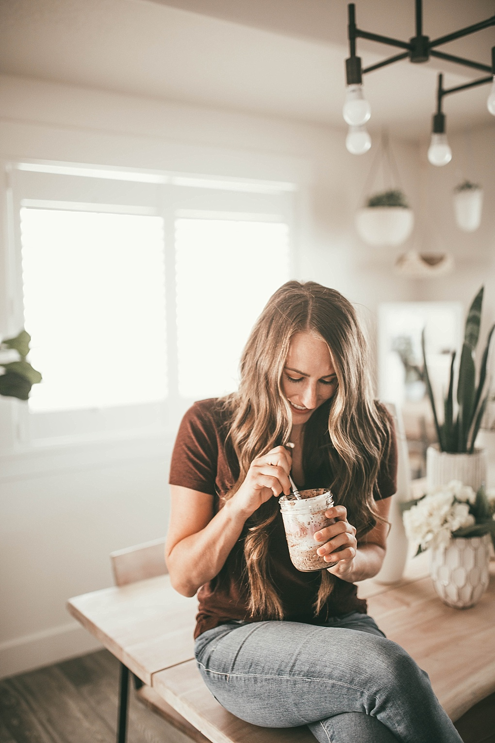 Breakfast just got a whole lot easier. Bookmark this post ASAP to see Utah Style Blogger Dani Marie's favorite overnight oats recipe. Trust me the whole family will love it.