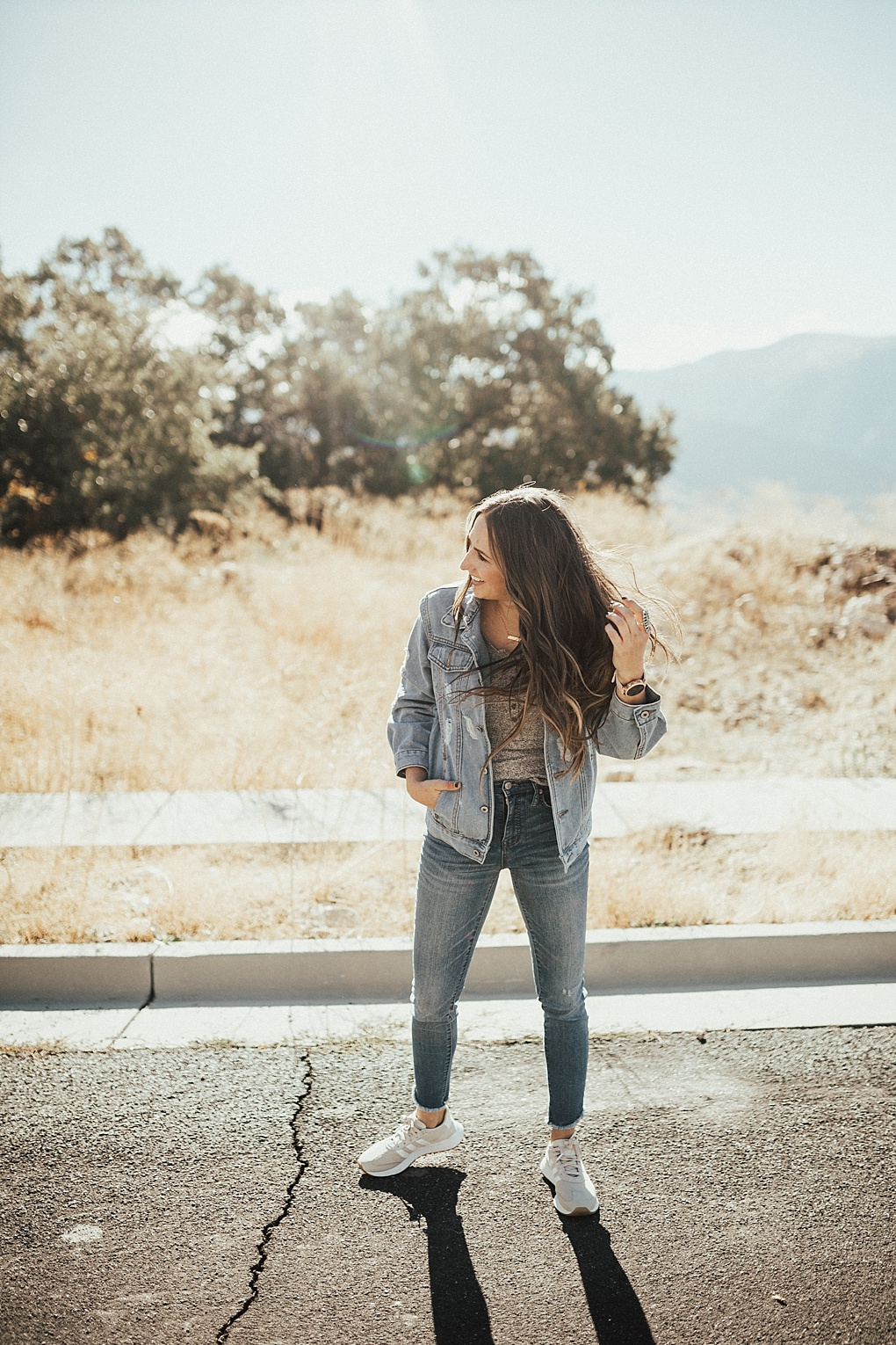 Bookmark this post ASAP! Utah Style Blogger Dani Marie is sharing how to wear a henley this fall 3 different ways!
