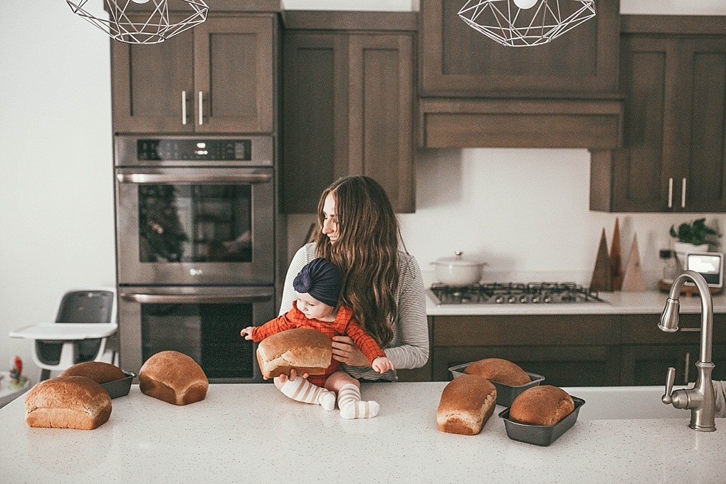 Looking for the perfect neighbor gifts this holiday season? Utah Style Blogger Dani Marie is sharing her favorite neighbor gifts + a delicious wheat bread recipe here!