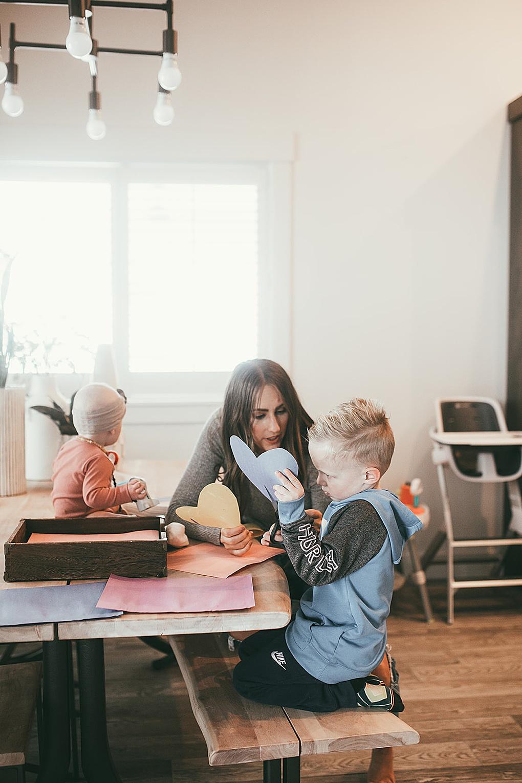 Simple-mom-hacks-to-make-life-easier-from-Twiistmepretty.com