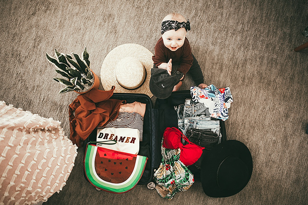 Headed to Hawaii? Unsure of what to pack? Utah Blogger Dani Marie is sharing her top picks for what to take to Hawaii in this Hawaii Packing Guide.  Click to see what she is taking HERE!