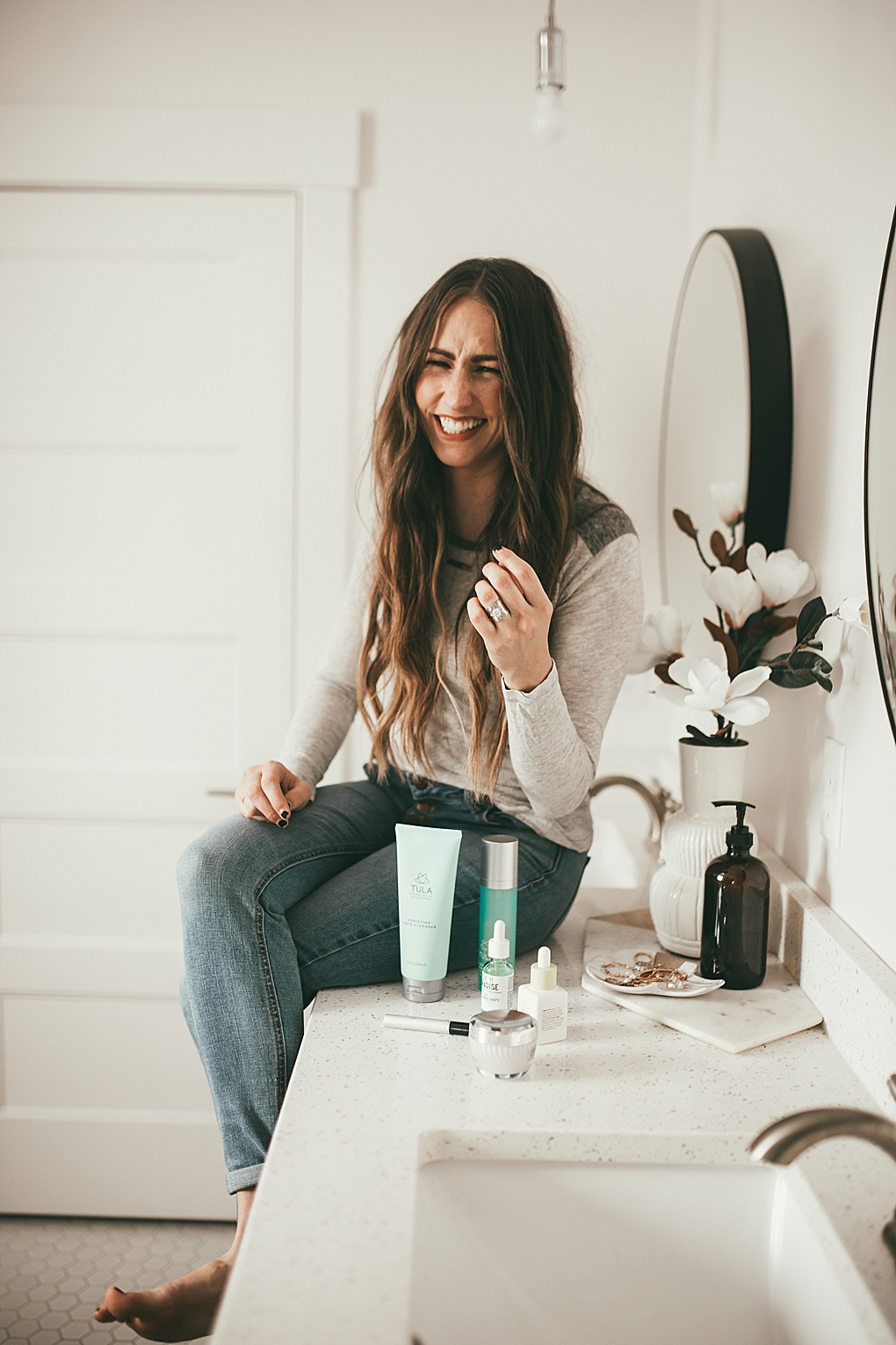 Need help updating your skin care routine? Utah style blogger Dani Marie is sharing her current skin care routine. See it HERE!