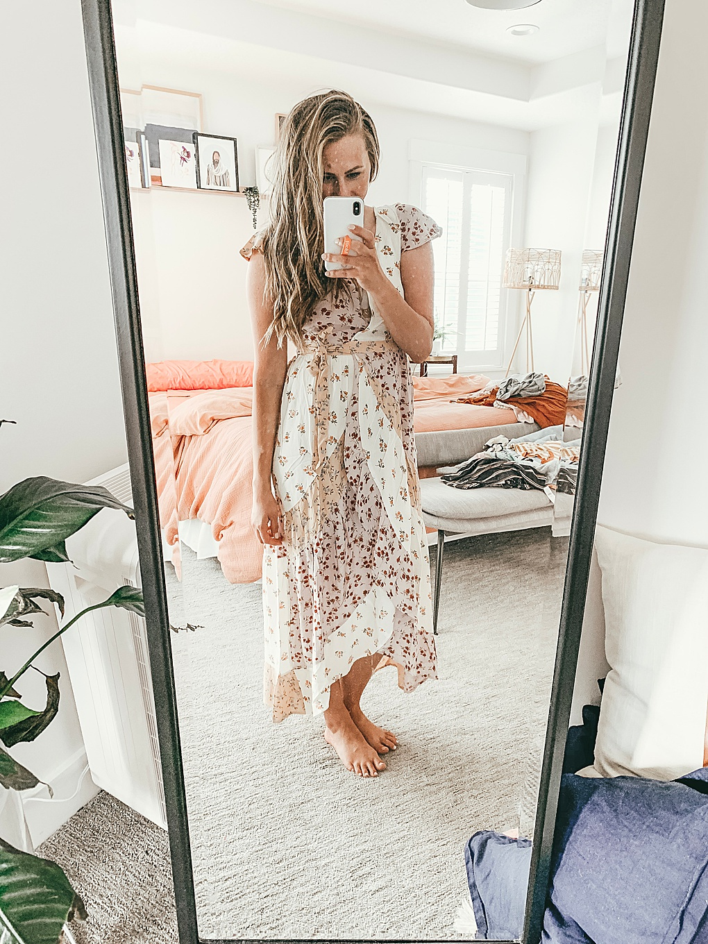 Heading to American Eagle soon? Utah Style Blogger Dani Marie is sharing her top July American Eagle Try-On. Click to see them HERE!