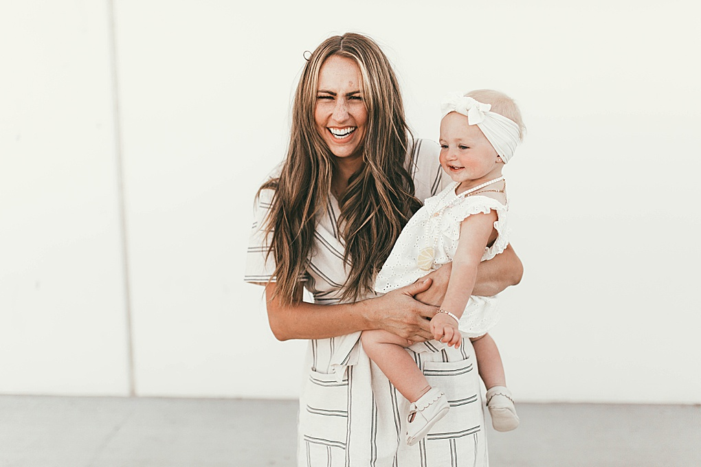 Looking for the perfect summer activities with kids? Utah Style Blogger Dani Marie is sharing her top summer activities to do this summer with the kids.  Click to see them HERE!