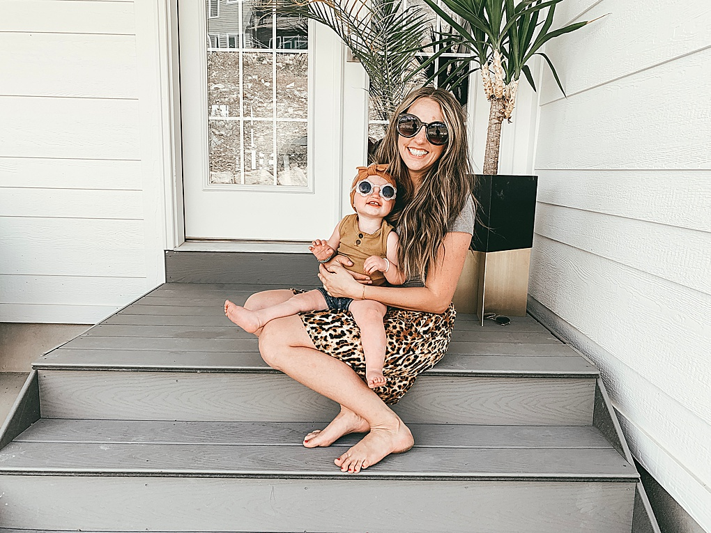 Looking for the best summer sunglasses? Utah Style Blogger Dani Marie is sharing the best summer sunglasses UNDER $30 here!