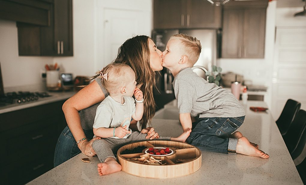 Utah blogger Dani Marie shares the simple hack of using a snack try on your counter for snacks for your kids!